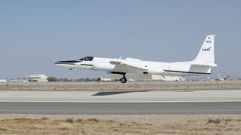 Lockheed ER-2 N809NA NASA