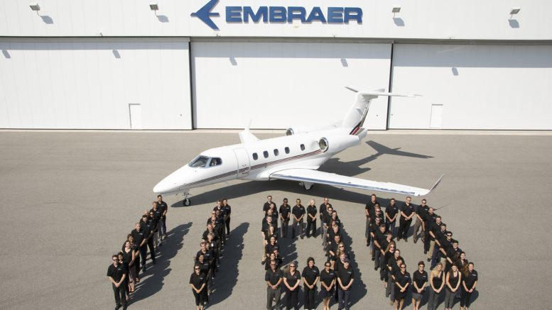 Embraer 1.100 commemorative jet