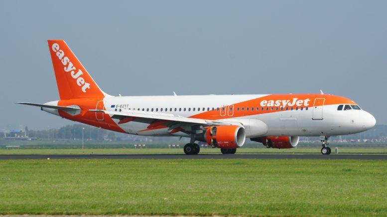 Airbus A320-214 G-EZTT easyJet