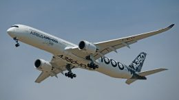 Airbus A350-1000 F-WLXV Airbus