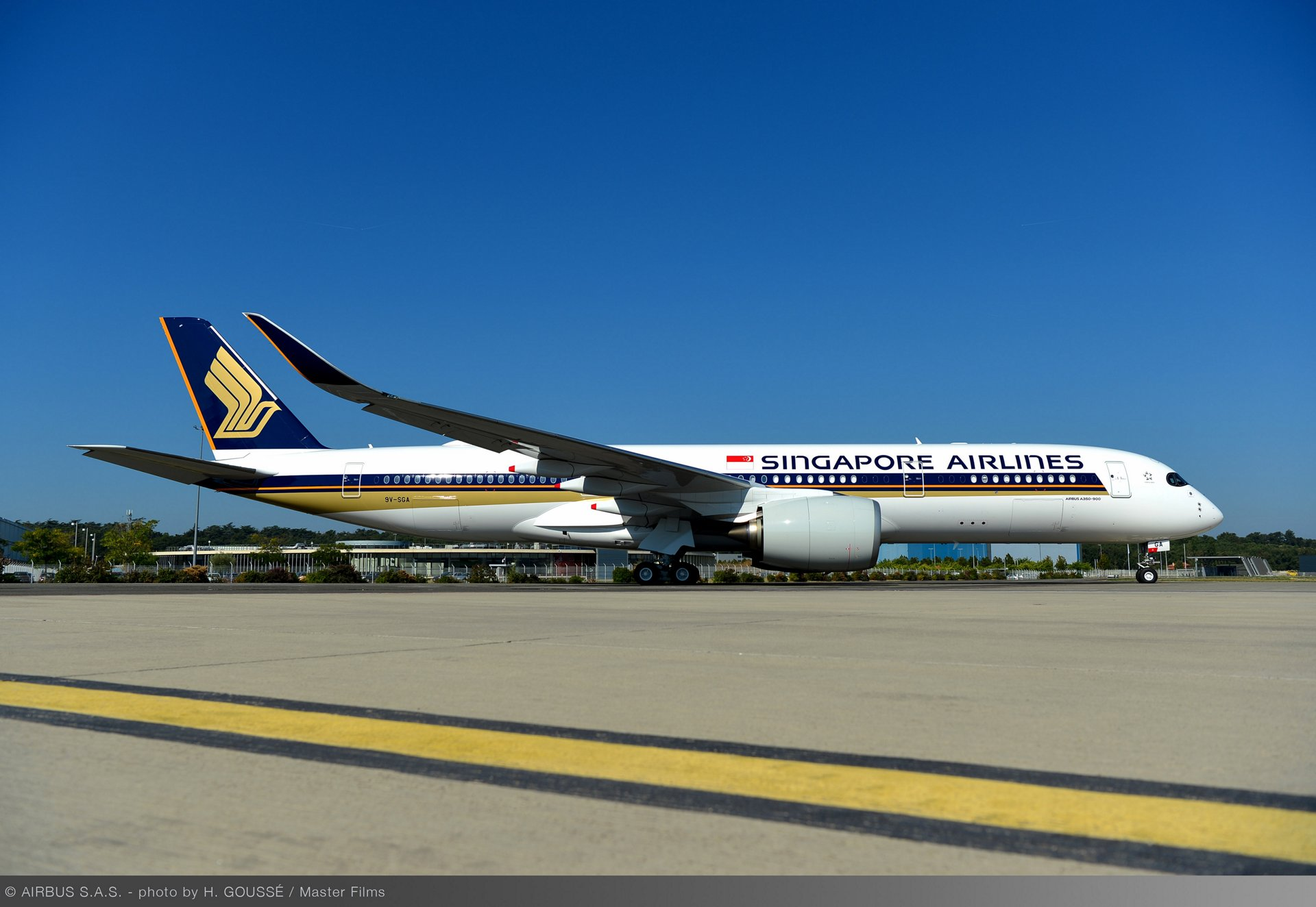 FIRST ULTRA LONG RANGE A350 XWB DELIVERED TO SINGAPORE AIRLINES ...